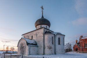 Георгиевский собор. Зимнее фото. Юрьев-Польский музей