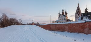 Монастырская стена. Юрьев-Польский музей. Территория. Зимнее фото