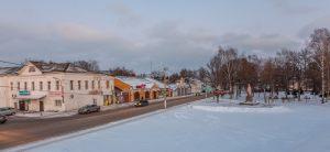 Памятник Юрию Долгорукому. Юрьев-Польский музей. Территория. Зимнее фото