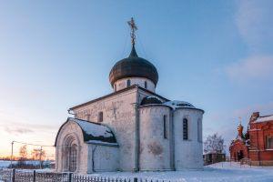 Георгиевский собор. Юрьев-Польский музей. Зимнее фото