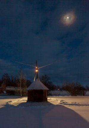 Надкладезная часовня. Юрьев-Польский музей. Зимнее вечернее фото