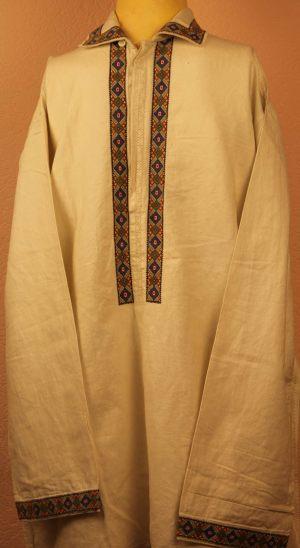 Рубашка мужская полотняная с отложным воротником