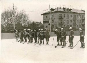 Хоккейная команда завода «Промсвязь» 1970 год